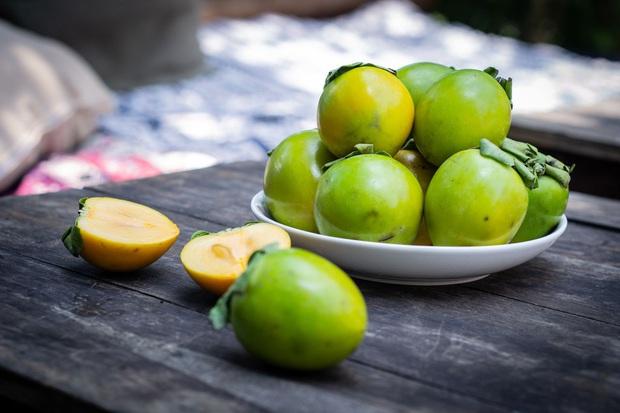 Hồng giòn vào mùa ăn vừa ngọt vừa giàu dinh dưỡng, nhưng bạn cần lưu ý 5 điều để tránh nguy cơ tắc ruột - Ảnh 3.