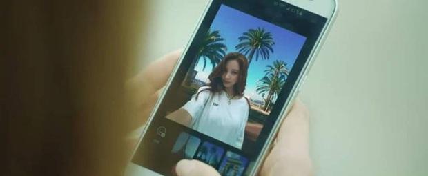 Gái đẹp lừa đảo Đời Tư vừa ra tù liền đăng ảnh selfie lồng lộn, fan hỏi lia lịa: Chị chơi app gì ngầu quá? - Ảnh 3.