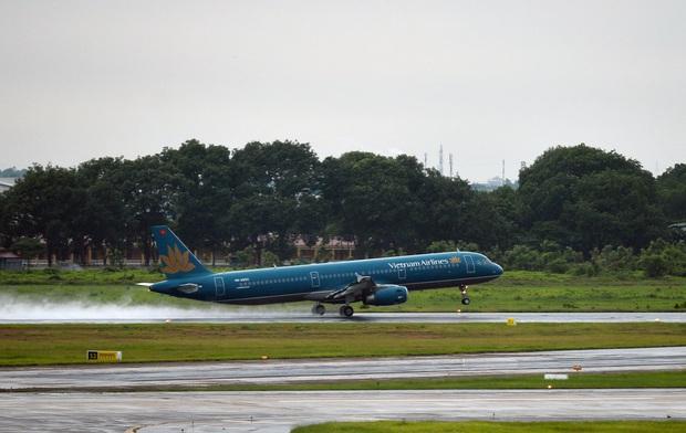 Vietnam Airlines và Pacific Airlines điều chỉnh khai thác do ảnh hưởng của thời tiết xấu - Ảnh 1.
