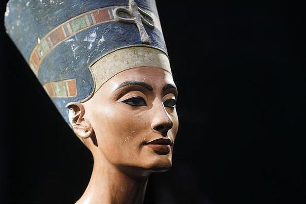 Bí ẩn về Nefertiti - nữ hoàng đẹp nhất Ai Cập với vũ điệu thoát y nổi tiếng và sự biến mất đột ngột khỏi sử sách - Ảnh 1.