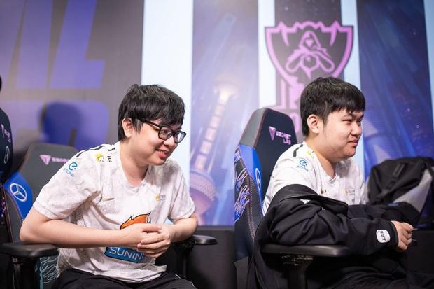 Cộng đồng vỡ oà sau chiến thắng nghẹt thở của Suning trước G2, SofM trở thành người Việt đầu tiên vào vòng playoffs CKTG - Ảnh 13.