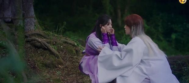 Netizen khóc thét vì Lee Dong Wook để tóc dài sến rện, quất cả cây màu hồng ở Bạn Trai Tôi Là Hồ Ly - Ảnh 2.