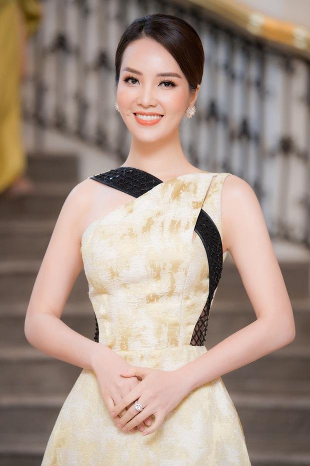 Phỏng vấn nóng Thuỵ Vân trước Bán kết HHVN: Hé lộ lý do 10 năm giữ kín diện mạo ông xã, khẳng định Hoa hậu không phải một nghề - Ảnh 2.