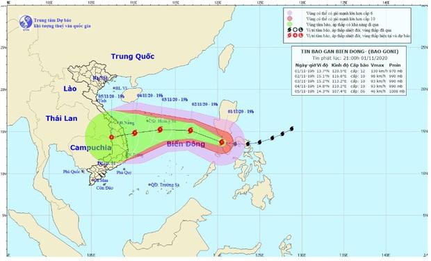 Siêu bão Goni suy yếu, giật cấp 15 đang đi vào Biển Đông, hướng vào Đà Nẵng đến Phú Yên - Ảnh 1.