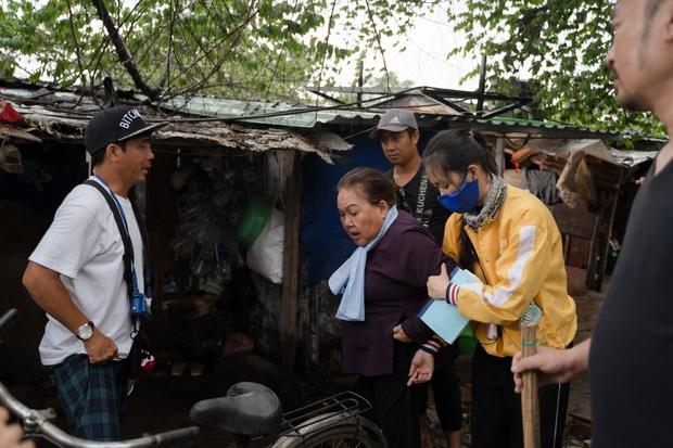Chuyện Xóm Tui: Thu Trang nhóm lửa phim Việt với câu chuyện lòng tốt từ cái nghèo, hạng 1 top trending là xứng đáng! - Ảnh 3.