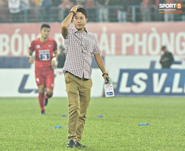 Chưa kịp mừng vì được thầy Park để ý, tuyển thủ U22 Việt Nam đã phải chịu nỗi buồn xuống hạng đau đớn - Ảnh 11.