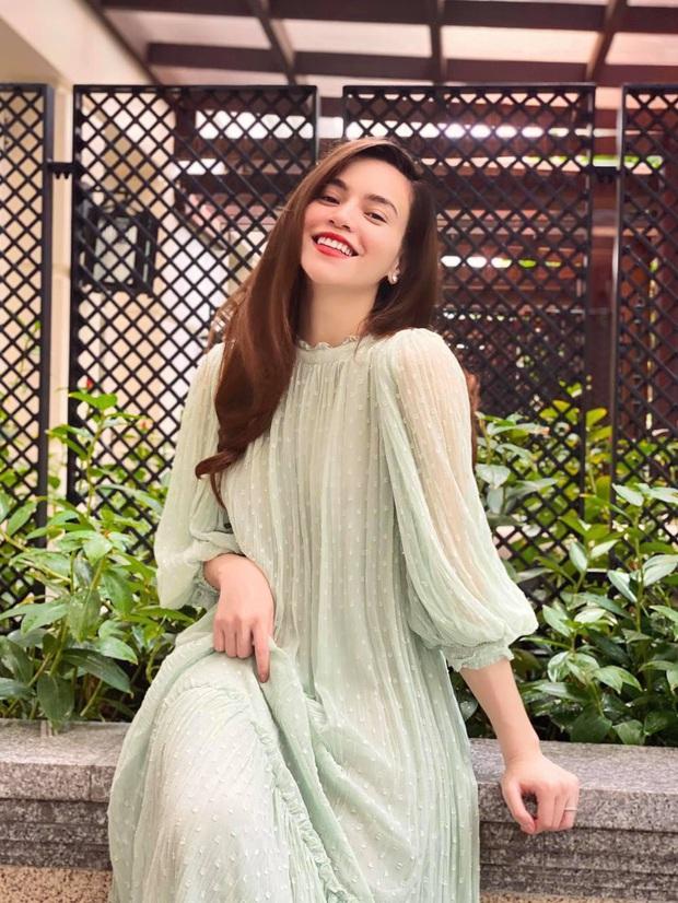 HOT: Hà Hồ lần đầu tự công khai đăng ảnh bụng bầu tròn trĩnh sau 9 tháng, netizen ồ ạt vào chúc mừng - Ảnh 5.