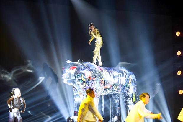 Lona chính thức dừng chân tại King Of Rap, Pháo - HIEUTHUHAI dắt tay vào Chung kết - Ảnh 1.