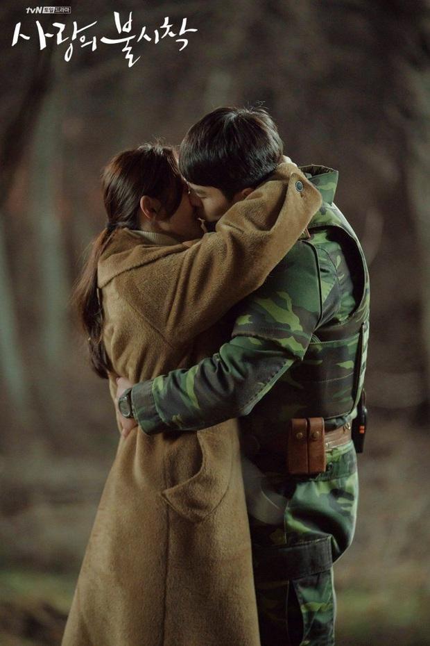 Người trong ngành vote nhanh cặp đôi ngọt nhất phim Hàn 2020: Hyun Bin - Son Ye Jin chiến thắng áp đảo! - Ảnh 4.
