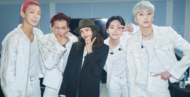 Mino khiến thuyền BLACKPINK - WINNER quắn quéo vì đưa luôn vũ đạo How You Like That lên sân khấu comeback - Ảnh 8.