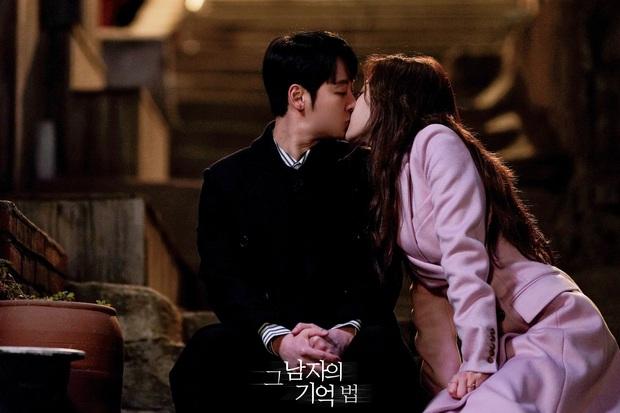 Người trong ngành vote nhanh cặp đôi ngọt nhất phim Hàn 2020: Hyun Bin - Son Ye Jin chiến thắng áp đảo! - Ảnh 21.
