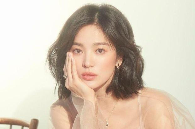 Song Hye Kyo rục rịch tái xuất màn ảnh với phim về cuộc hôn nhân đổ vỡ cùng Song Joong Ki? - Ảnh 1.