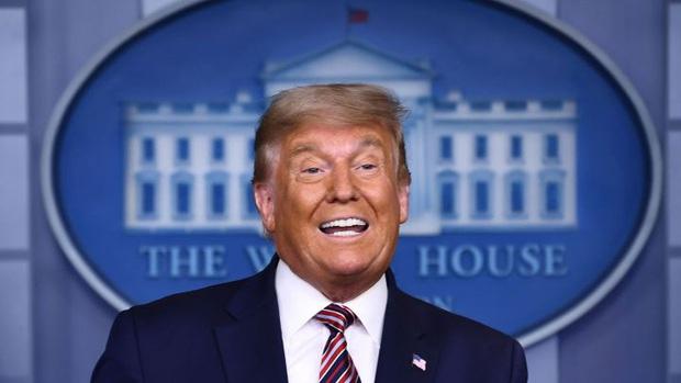 Tổng thống Donald Trump thất bại, quá trình chuyển giao chiếc ghế quyền lực nhất Nhà Trắng sẽ diễn ra như thế nào? - Ảnh 2.