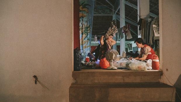 Phim tài liệu về đời nghệ sĩ tuồng cổ đầy gian truân Đoạn Trường Vinh Hoa mạnh mẽ ra rạp cuối năm  - Ảnh 6.