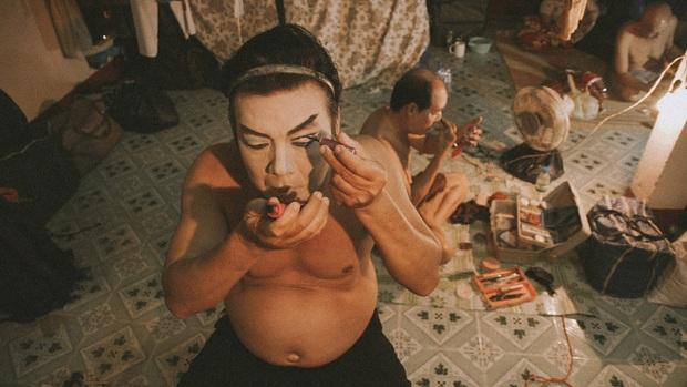 Phim tài liệu về đời nghệ sĩ tuồng cổ đầy gian truân Đoạn Trường Vinh Hoa mạnh mẽ ra rạp cuối năm  - Ảnh 5.