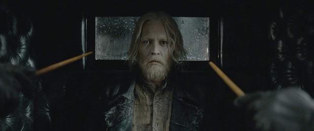 Mới đóng một cảnh rồi nghỉ ngang mà Johnny Depp vẫn rủng rẻng cát xê vài trăm tỉ từ vũ trụ Harry Potter, trời ơi quá là hời! - Ảnh 2.