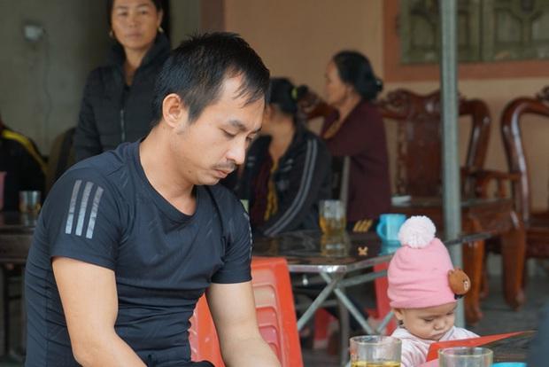 Họ báo vợ và 2 con tôi bị lật xe tử vong ở Campuchia, tôi nghe mà như chết lặng - Ảnh 2.