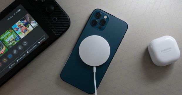 Muốn pin iPhone bền hơn, học ngay tính năng sạc có sẵn này! - Ảnh 2.