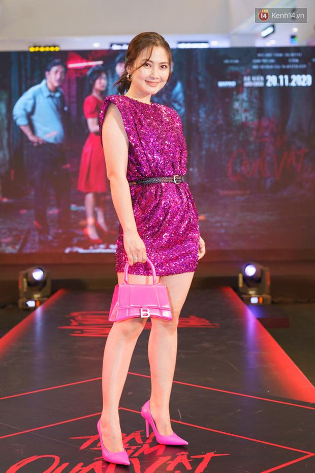 Lâu lâu dàn sao Vbiz mới có dịp lồng lộn đi sự kiện, nhưng nhìn đâu cũng thấy lỗi trang phục và makeup - Ảnh 10.