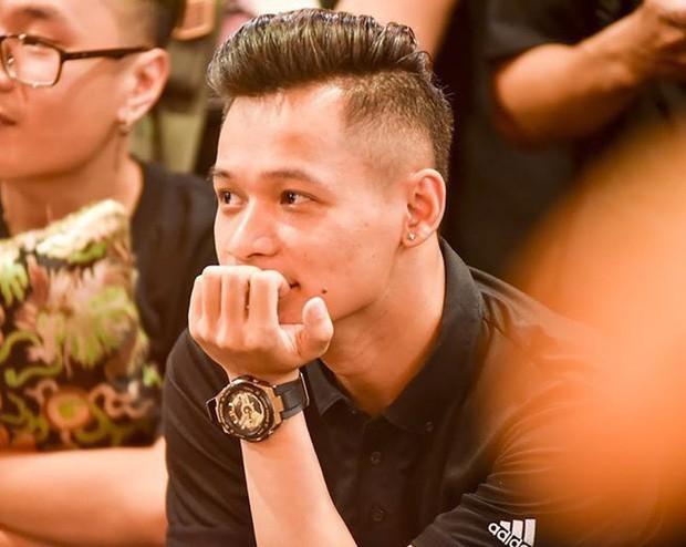 Độ Mixi, Cris Phan tham gia trận đấu giao hữu gây quỹ vì miền Trung cùng Jack và Quang Hải - Ảnh 9.