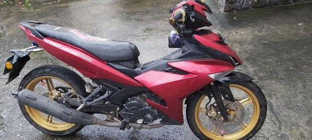 Clip: Nam thanh niên 16 tuổi không đội mũ bảo hiểm, diễn xiếc bằng xe máy trên đèo Hải Vân đã ra trình diện - Ảnh 4.