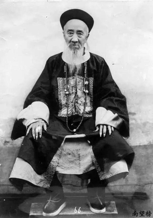 Trào lưu nuôi móng tay dài của đàn ông quý tộc triều Thanh: Thể hiện lòng hiếu thảo hay chỉ là biểu tượng quyền lực? - Ảnh 1.