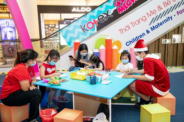 Đi đu đưa Giáng sinh tại SC VivoCity: Thiên đường sống ảo và giải trí hấp dẫn - Ảnh 5.