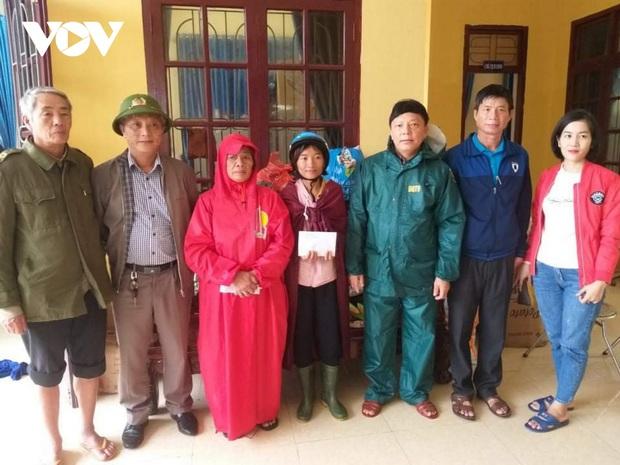 Chủ tịch xã ở Quảng Bình qua đời vì nhiễm trùng sau khi cứu nạn người dân trong lũ - Ảnh 2.