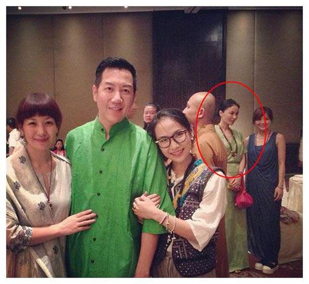 Rộ tin Vương Phi đi tu sau tin có kết quả xét nghiệm ADN chứng minh Tạ Đình Phong là bố của con trai Trương Bá Chi - Ảnh 4.