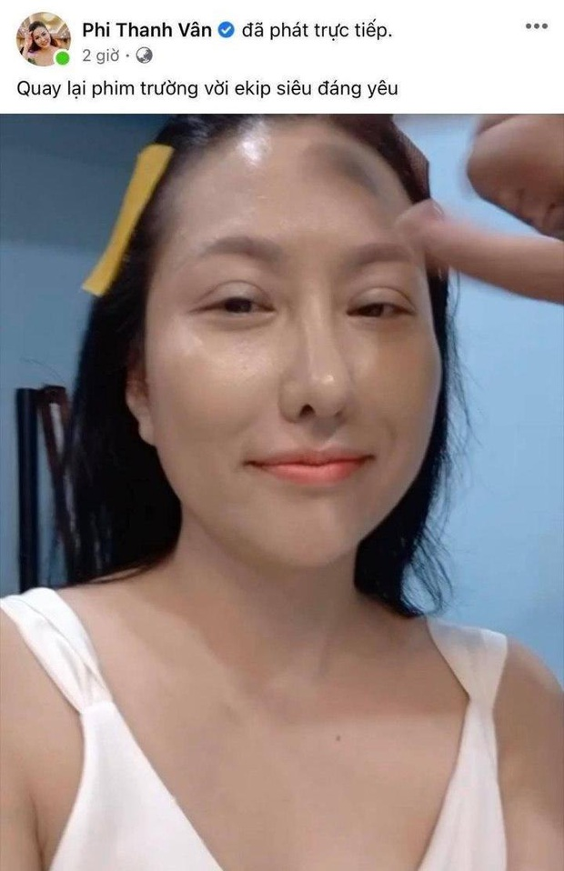 Ngốn tiền tỷ cho hơn 21 lần dao kéo trùng tu, Phi Thanh Vân gây tranh cãi với khoảnh khắc livestream zoom cận nhan sắc - Ảnh 2.