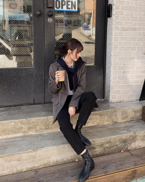 Gái Hàn mặc blazer trông sang chảnh chứ không hề già, các nàng học ngay 10 công thức để có set đồ trendy không cần hỏi - Ảnh 1.