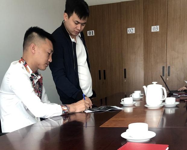 Huấn Hoa Hồng bị xử phạt 7,5 triệu đồng vì phát tán thông tin giả mạo Đài Truyền hình Việt Nam - Ảnh 1.