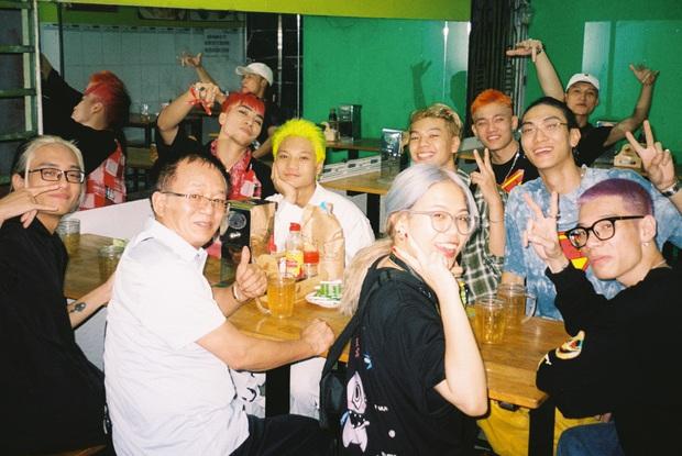 16 Typh đăng ảnh kỷ niệm cùng Rap Việt, tấm hình có lượt tương tác cao nhất thuộc về... Tage - Ảnh 6.