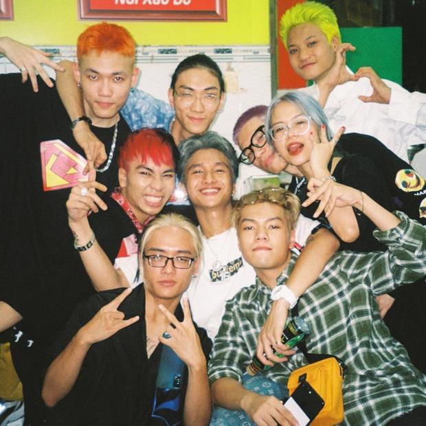 16 Typh đăng ảnh kỷ niệm cùng Rap Việt, tấm hình có lượt tương tác cao nhất thuộc về... Tage - Ảnh 5.