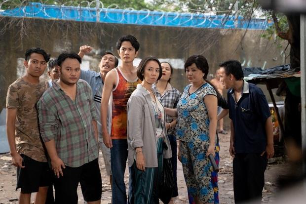 5 cảnh cười lòi rún của Chuyện Xóm Tui: Trộm vặt Thu Trang teo héo trước bé mén chủ nhà vừa ngầu vừa hài - Ảnh 1.