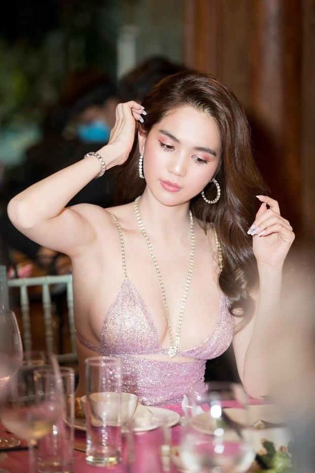 """Ngọc Trinh bị netizen phản ứng với clip mặc váy ngắn và ngồi kém duyên nơi công cộng, Đỗ Long liền thay mặt bạn thân cà khịa"""" lại? - Ảnh 7."""