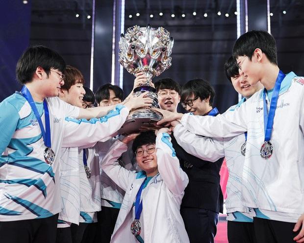 Fan LCK gáy vang sau thắng lợi tại CKTG 2020: Suning không có tuyển thủ Hàn trong đội thì làm sao mà vô địch được - Ảnh 1.