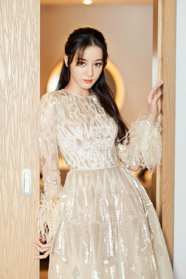 Công bố top 10 gương mặt đẹp nhất châu Á: Lisa đánh bật Angela Baby lẫn Nhiệt Ba, Sehun - Lee Min Ho chịu thua nam thần Cbiz - Ảnh 5.