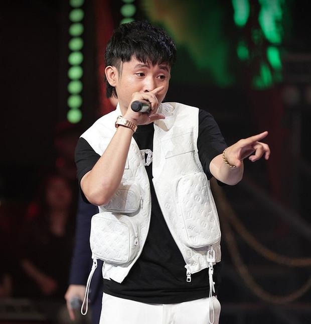 Trong full set 3 tỷ rưỡi Ricky Star mặc tại Rap Việt có chiếc áo giống Sơn Tùng M-TP, netizen mở cuộc bàn phím chiến rất xôm! - Ảnh 2.