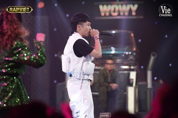 Trong full set 3 tỷ rưỡi Ricky Star mặc tại Rap Việt có chiếc áo giống Sơn Tùng M-TP, netizen mở cuộc bàn phím chiến rất xôm! - Ảnh 7.