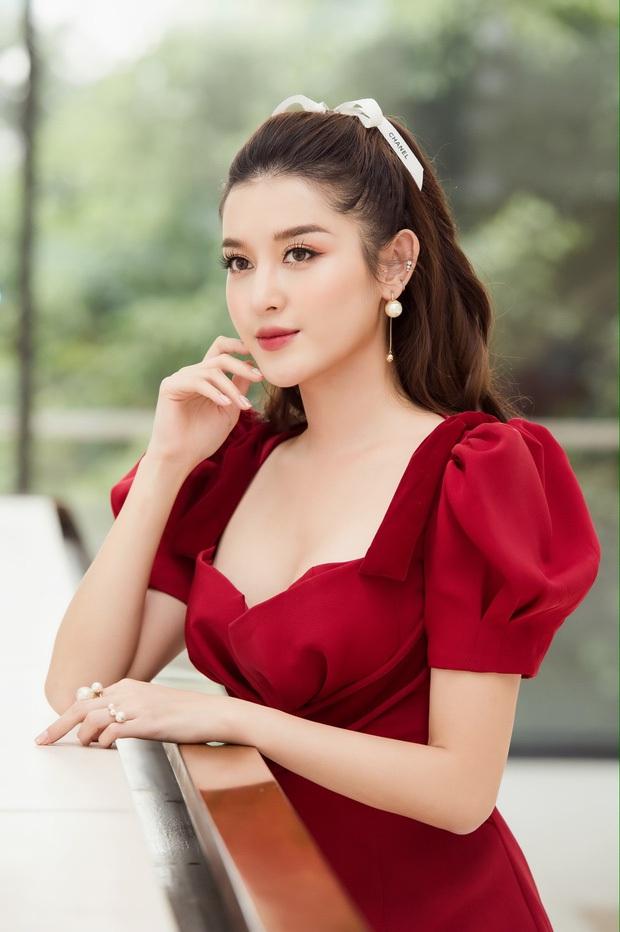 Á hậu Huyền My bất ngờ được báo Trung ca ngợi là Đệ nhất mỹ nhân Việt Nam xinh như Angela Baby, có body của Liễu Nham - Ảnh 2.