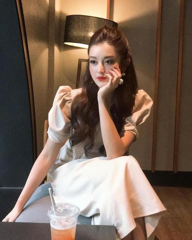 Á hậu Huyền My bất ngờ được báo Trung ca ngợi là Đệ nhất mỹ nhân Việt Nam xinh như Angela Baby, có body của Liễu Nham - Ảnh 4.