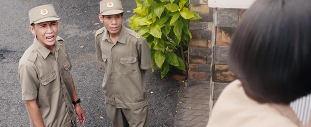 5 cảnh cười lòi rún của Chuyện Xóm Tui: Trộm vặt Thu Trang teo héo trước bé mén chủ nhà vừa ngầu vừa hài - Ảnh 10.