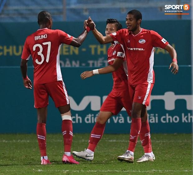 Chạm một tay vào chức vô địch V.League, HLV Viettel FC khẳng định: Tôi không muốn lại về nhì nữa - Ảnh 1.