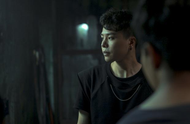 Từng nằng nặc cấm Trịnh Thăng Bình làm diễn viên, nay Quang Huy lại hốt nam thần về đóng chính ở Trái Tim Quái Vật - Ảnh 4.
