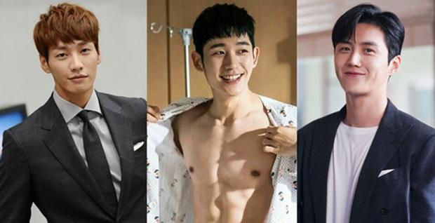 Ngoài Kim Seon Ho, biên kịch Start Up có cả vũ trụ kép phụ siêu cưng, anh nào cũng ăn đứt nam chính - Ảnh 2.