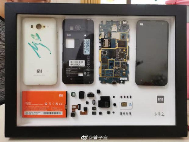 Rộ trào lưu mổ xẻ iPhone cũ làm tiêu bản ở Trung Quốc - Ảnh 8.