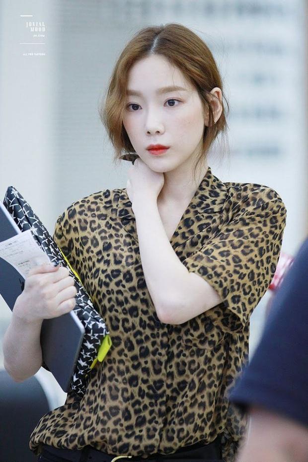 Idol da trắng không thiếu nhưng bật tông như 4 mỹ nhân Kpop này thì là của hiếm, Dahyun - Taeyeon dìm sạch cả đồng đội - Ảnh 2.