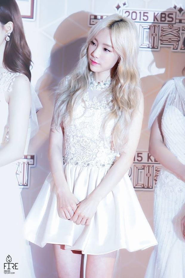 Idol da trắng không thiếu nhưng bật tông như 4 mỹ nhân Kpop này thì là của hiếm, Dahyun - Taeyeon dìm sạch cả đồng đội - Ảnh 5.