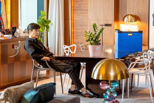 Xa chị Nguyệt IU, Yeo Jin Goo có màn cameo đi vào lòng đất ở Start Up: Làm trợ thủ đắc lực, được tâm sự với nam phụ tối ngày sướng ghê! - Ảnh 5.